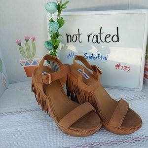 🌟NEW! Not Rated Roaring Ruby Wedges